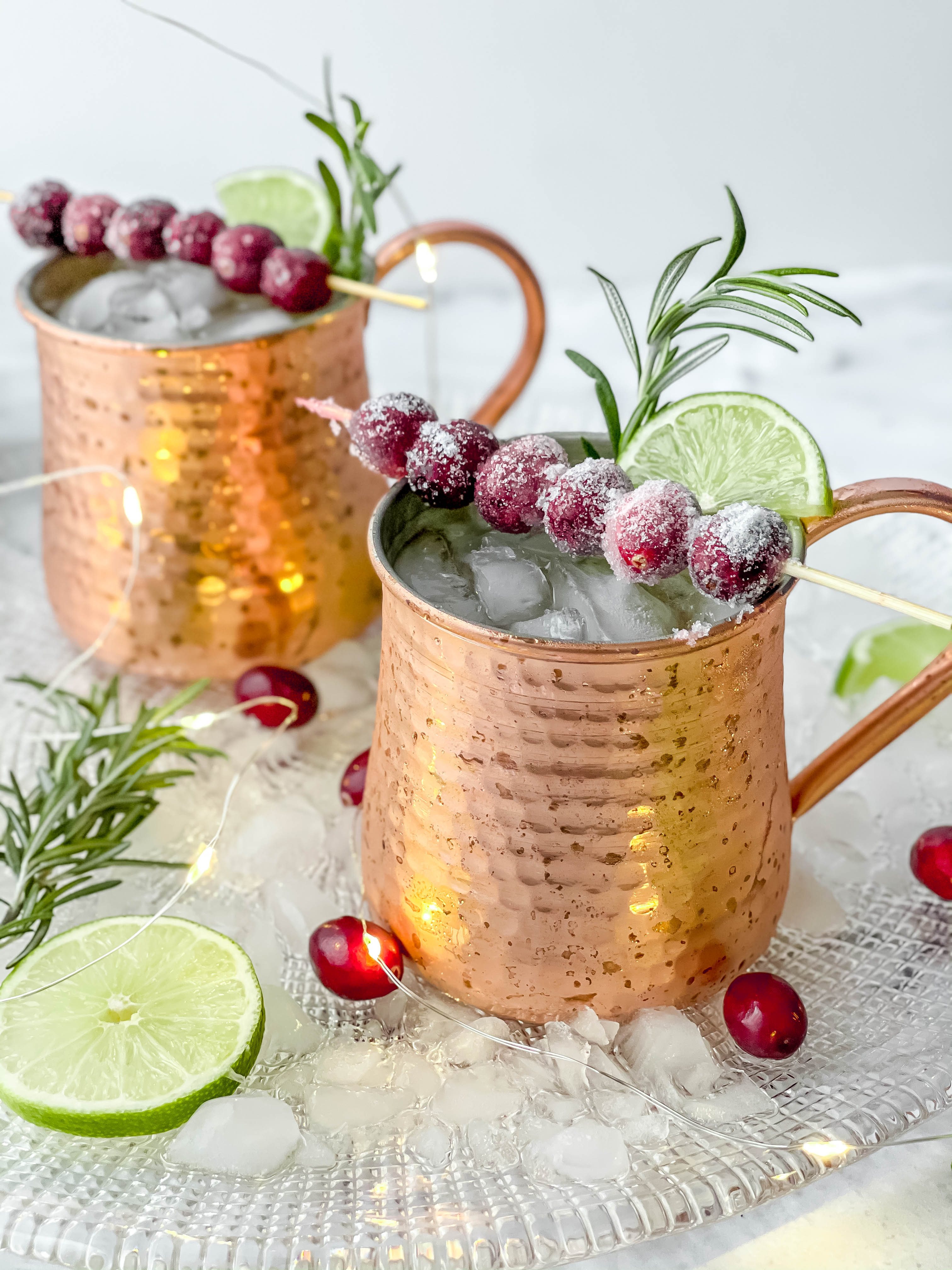 A Showstopping and Festive Cranberry Mule Cocktail